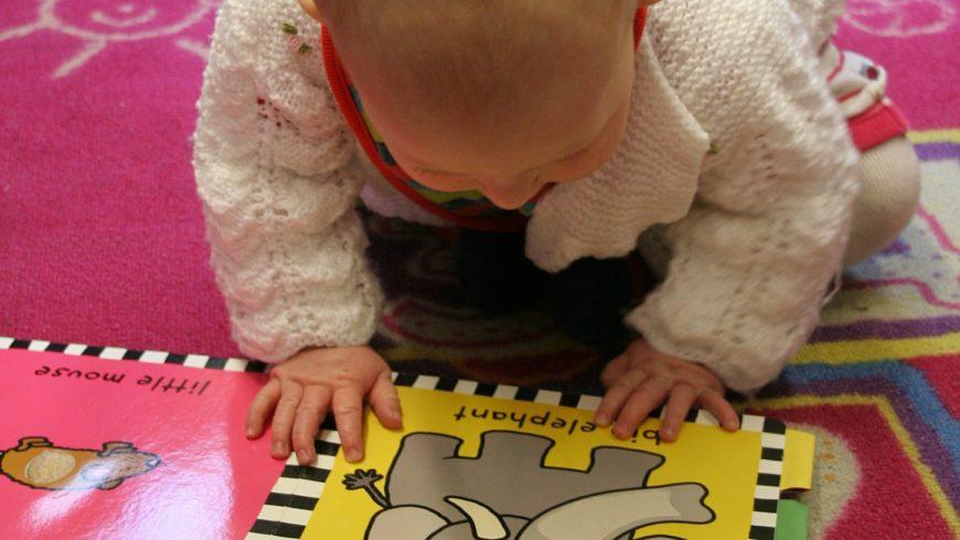 É de bem pequeno que se estimula a leitura