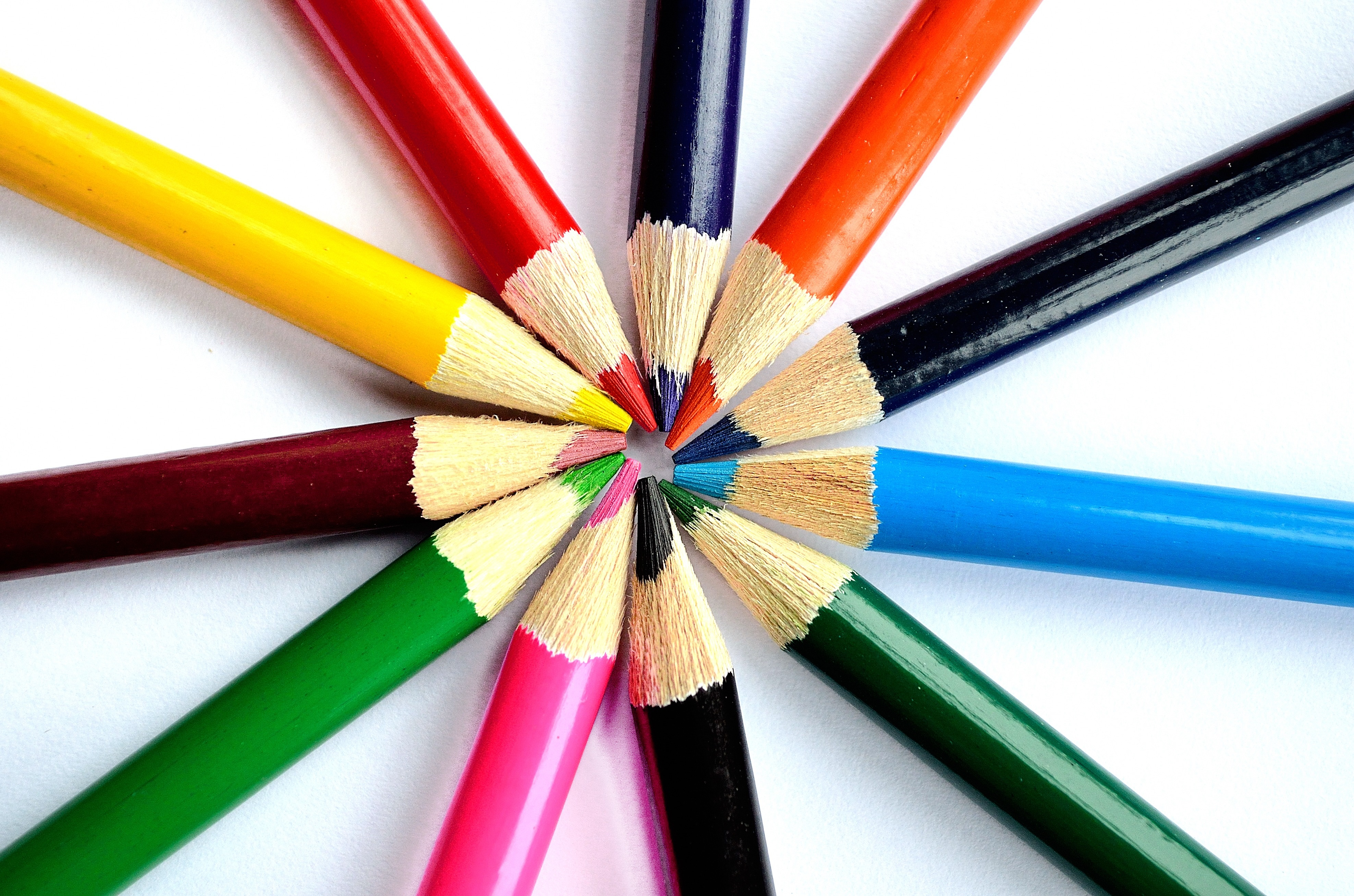 crayons_background_202621